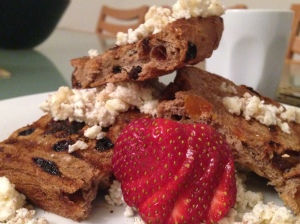Fruit toast and spiced ricotta