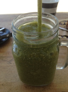 Uber delicious and super healthy green smoothie